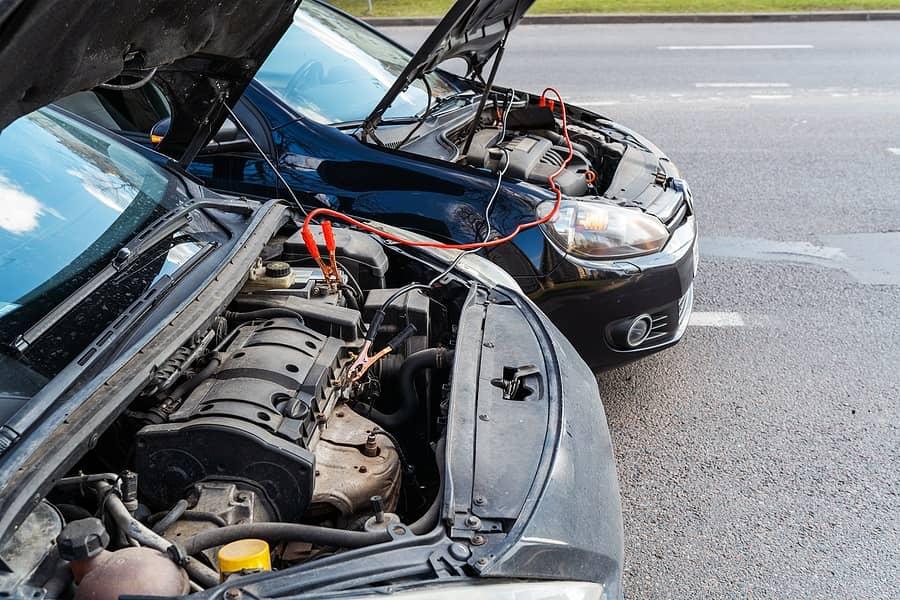 روش صحیح باتری به باتری خودرو در مواقع ضروری